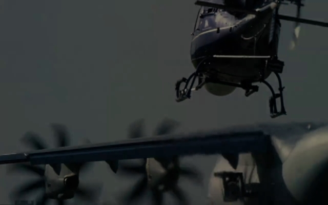 碟中谍5:神秘国度    扒飞机特辑 阿汤哥作死作出新花样
