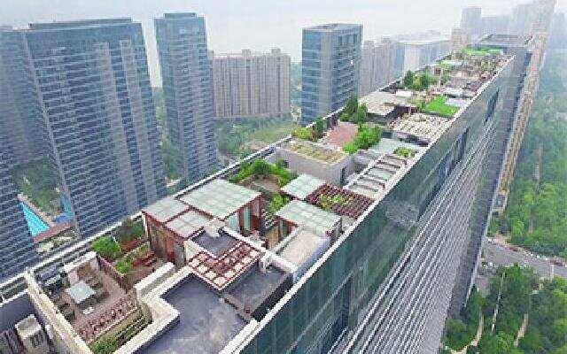 海天一线的屋顶露台 蓝色钱江