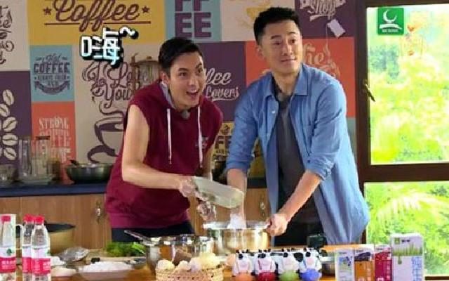 《十二道锋味》林峰助阵秀厨艺