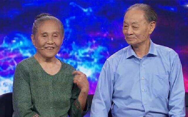 第153期:八旬老夫妻回忆参军岁月