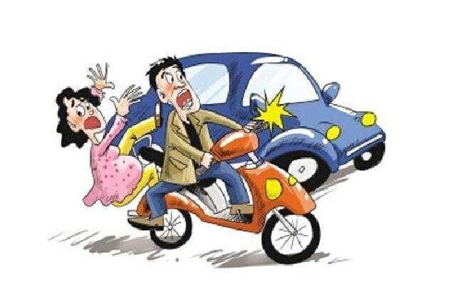 1818在路上:小区里的意外  电瓶车汽车相撞谁的责任?