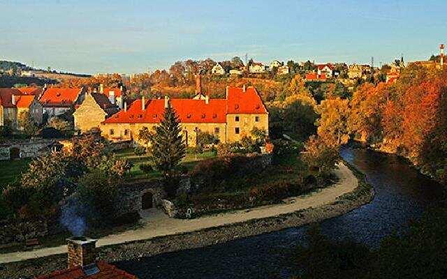 秋之和谐:中欧的秋天