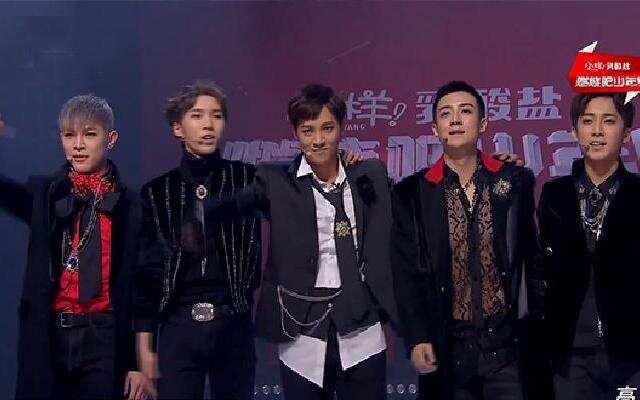 《燃烧吧少年》李宇春战队主题秀对战《音浪》