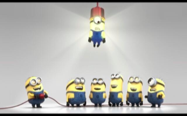 小黄人换灯泡 换个灯泡你也能卖萌!