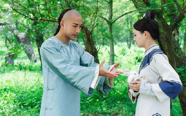 """""""童真""""刘恺威:你在逗兔子还是逗wuli小爽啊?"""