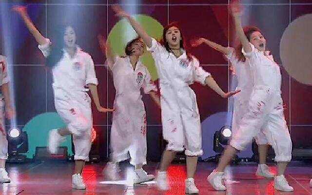 《蜜蜂少女队》谢霆锋战队《嘻哈涂鸦舞》