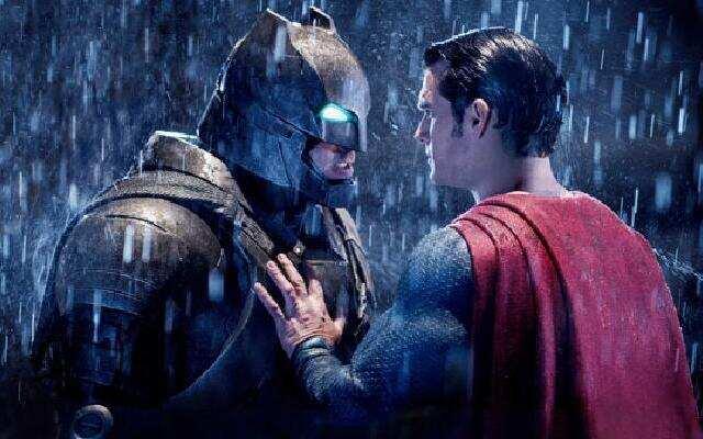 《蝙蝠侠大战超人:正义黎明》预告片之超级英雄世纪对决内幕揭晓