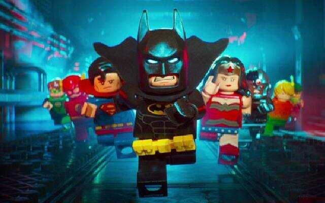 """《乐高大电影:蝙蝠侠》预告片之蝙蝠侠""""人设崩塌""""疯狂卖萌"""