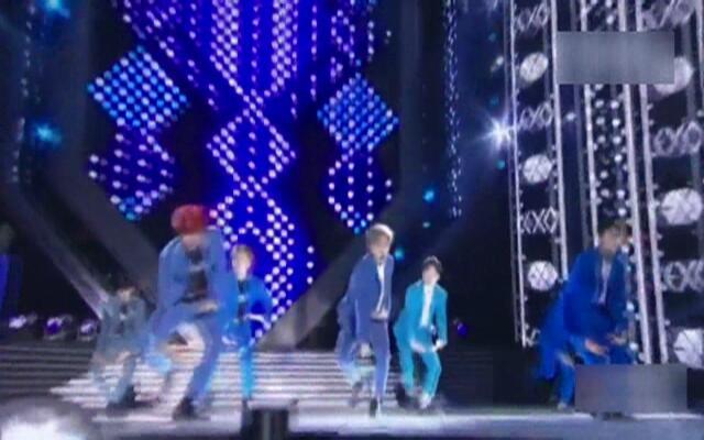 EXO《Call me baby》现场版