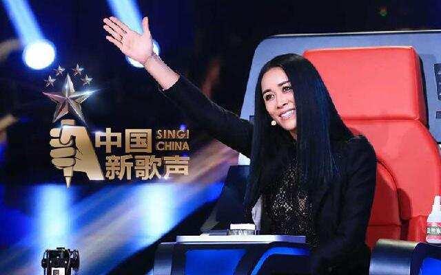 《中国新歌声》第4期:那英遭夹击频放狠话 周董解锁抢人新技能