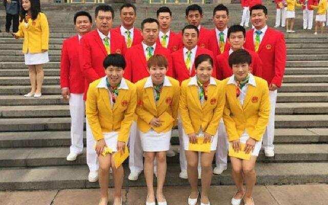 """中国乒乓球队《年轻的战场》 """"魔王们""""也可以很温柔"""