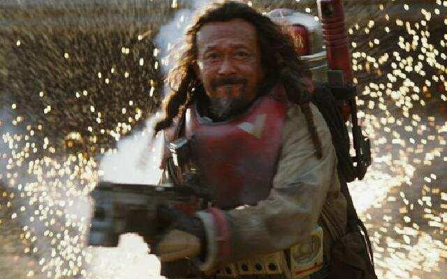 《侠盗一号:星球大战外传》预告片之黑武士首现身