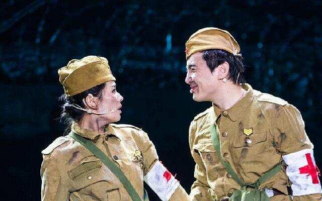 《喜剧总动员》沈涛推翻剧本重新排练 刘涛坦言越来越胆大