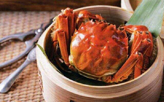 如何正确吃大闸蟹