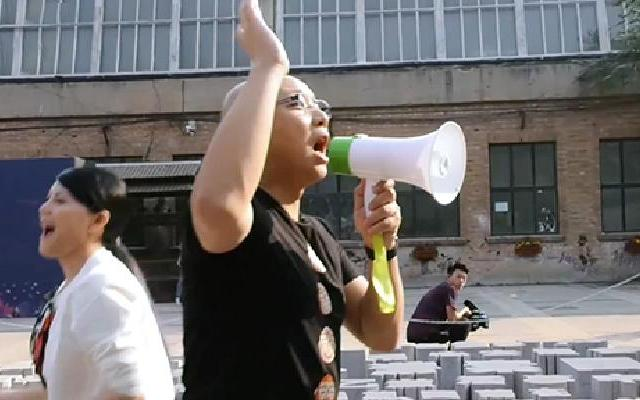 《我是创始人》王凯越界抢顾客 小喇叭起到大作用