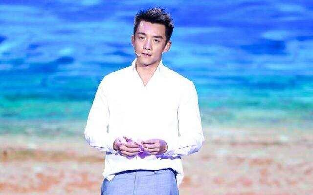 """《喜剧总动员》精编版:郑恺变""""傻根""""智救王宁"""