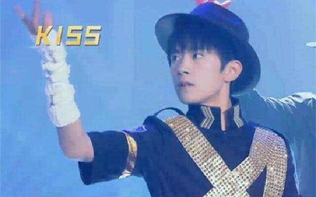 第二季《王牌对王牌》易烊千玺郑恺合作舞蹈秀 《猫王+MJ舞蹈》致敬经典