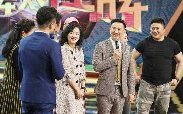 第二季《王牌对王牌》黄磊学生惊喜现身 重现经典作品片段