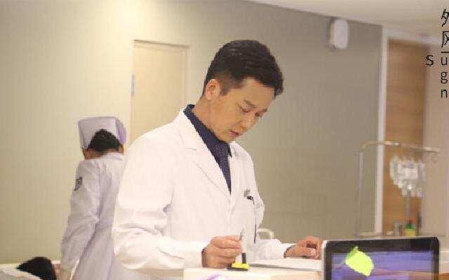 《外科风云》一个普通大夫的伟大理想