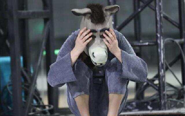 《天生是优我》罗志祥严控少女体重 李雨芯惨遭戴面具