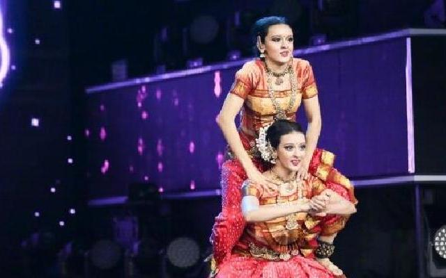 《天生是优我》印度女团登场 刘维解释既定印象