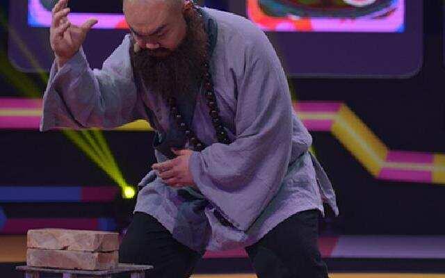 鲁智深徒手劈砖?