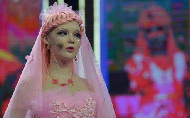 中国第一芭比嫁到!