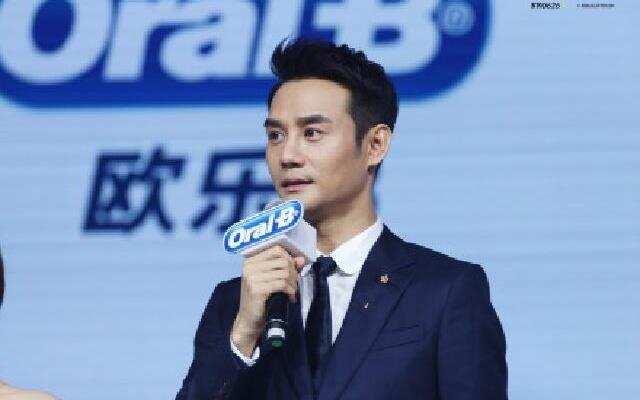 蓝朋友报到:王凯评价自己新角色脏帅  不出专辑竟喜获麦克风