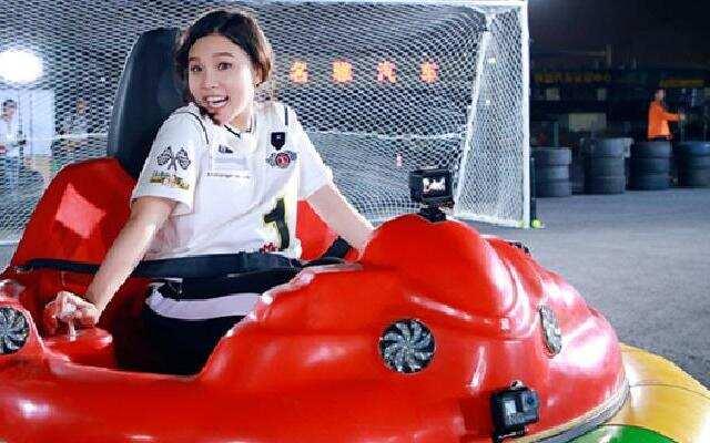 """《挑战者联盟3》挑战刺激新玩法 谢依霖""""口水歌""""遭嫌弃"""