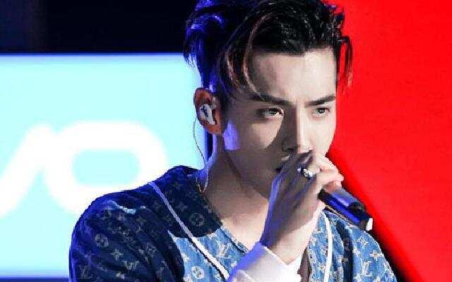 高言值路人:嘻哈冠军夜!万磁王PK街头rapper哪家强?