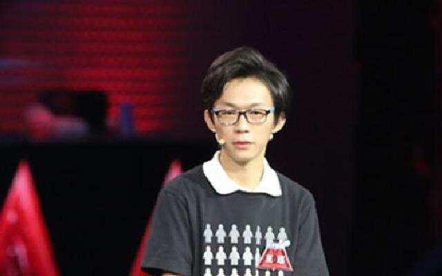 《向上吧诗词》名师解析诗词 王珏战胜向上博士团