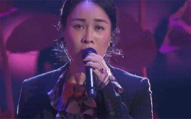 中国新歌声中秋演唱会 那英《三生三世十里桃花》