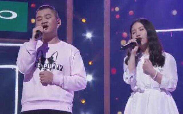 中国新歌声中秋演唱会 夏启明朱婷婷《全世界谁倾听你》