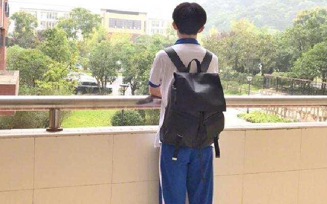 千玺的初中校园生活