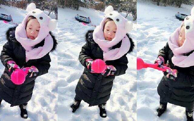 甜馨回东北打雪仗