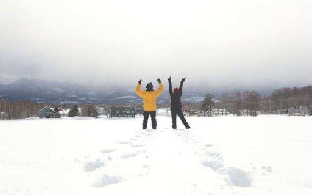 孙俪滑雪被邓超嘲笑