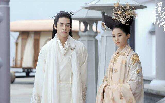 公主关晓彤的婚后日常