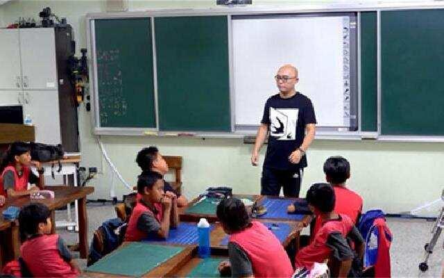 《同一堂课》第1期:孟非张大春上演老师技能比拼
