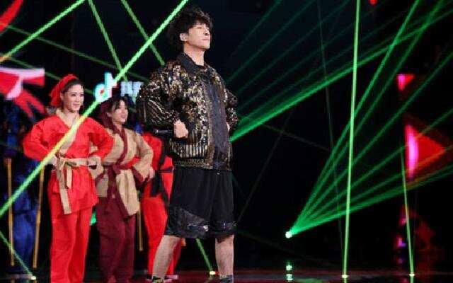 中国蓝十周年晚会:大张伟歌曲串烧 浙江卫视中国蓝十周年晚会