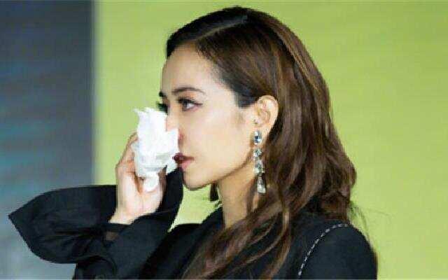 蔡依林回忆曾经抑郁当场落泪