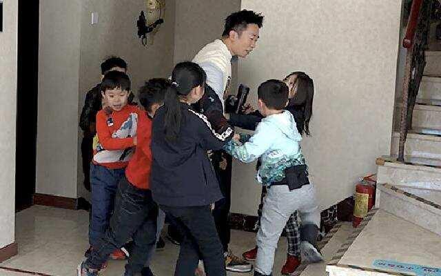 """《大冰小将》逗笑特训官杨迪首次做客为何向千玺""""求救""""?"""