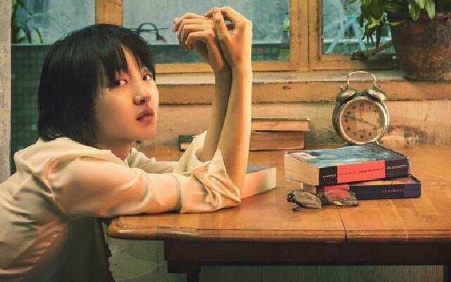 《阳台上》郁可唯演唱同名推广曲MV