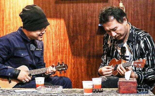 《现场人生 Life·Live》马条和年轻音乐人互动 秀神仙吉他指法