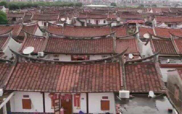 《中国村落》:埭美古村的红砖屋顶 是千差万别的故乡颜色之一
