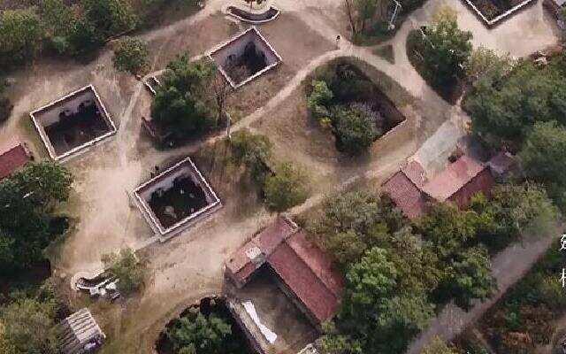 《中国村落》:神秘古村落成七夕首选? 星级酒店不如古老地坑院