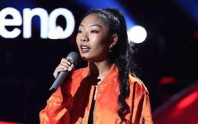 《2019中国好声音》:卓玛殷措《爱是怀疑》 哈林那英各放绝招