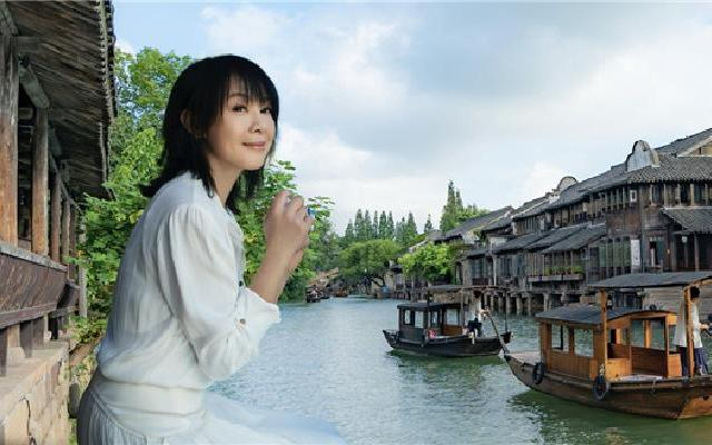 蓝朋友报到:刘若英近照曝光  50岁依然还是奶茶妹