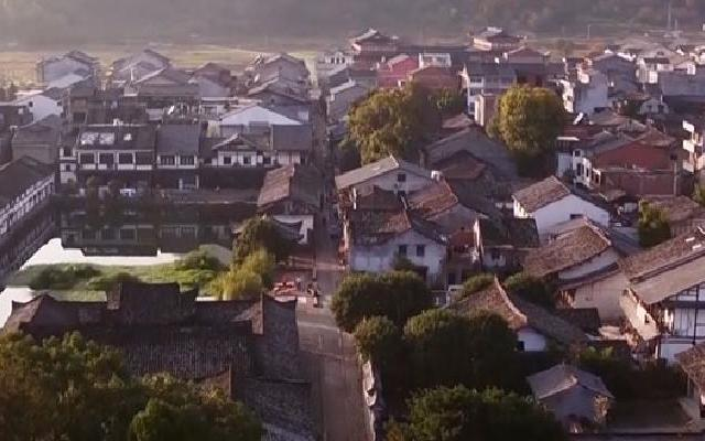 《中国村落》:现实中的世外桃源  建在文房四宝上的千年古村