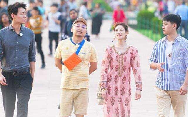 """《各位游客请注意》:火车行变成""""宝莱坞"""" 钟楚曦一行随印度游客共歌舞"""
