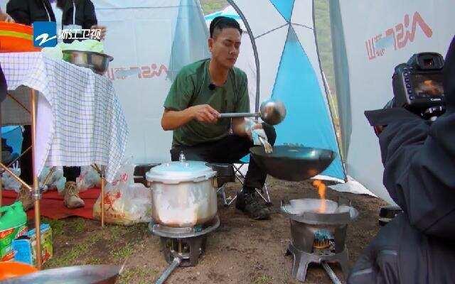 黄宗泽大秀厨艺